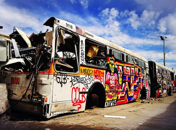 Photo of the day - Graffiti bus